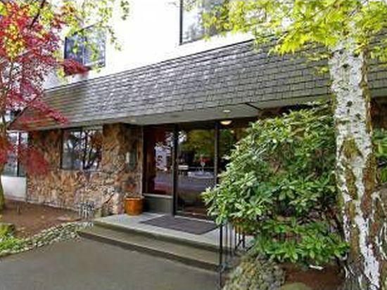7501 Greenwood Ave N APT 402, Seattle, WA 98103
