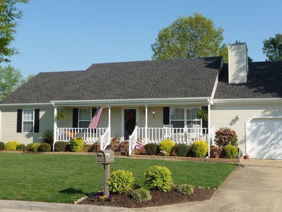832 Stardale Dr, Chesapeake, VA 23322