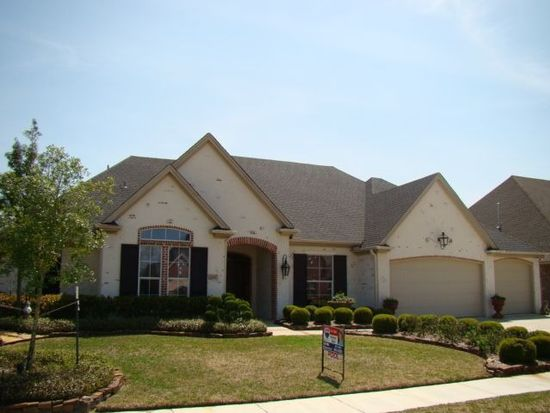 6295 Claybourn Dr, Beaumont, TX 77706