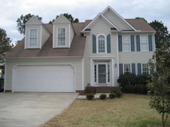 203 Boltstone Ct, Cary, NC 27513
