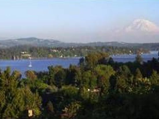 4919 Stanford Ave NE, Seattle, WA 98105