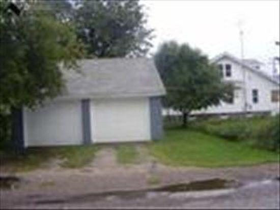 262 Salem St, Conneaut, OH 44030