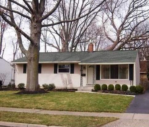 380 E Clearview Ave, Worthington, OH 43085