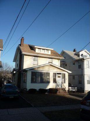 203 Nesbit Ter, Irvington, NJ 07111