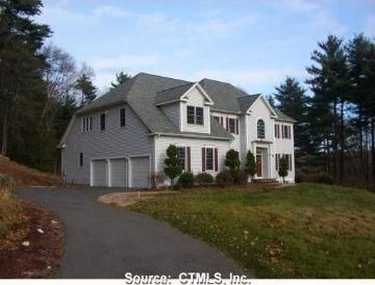 28 Thornwood Ln, Avon, CT 06001