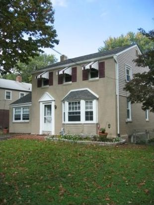 427 E Moreland Rd, Willow Grove, PA 19090
