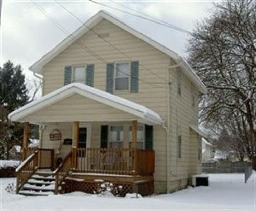 220 17th St NW, Barberton, OH 44203