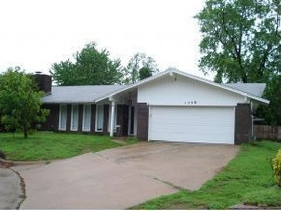 1728 Homeland Ave, Norman, OK 73072