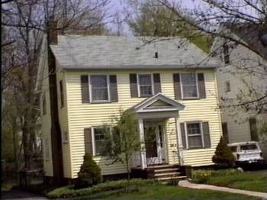 74 Arbordale Ave, Rochester, NY 14610