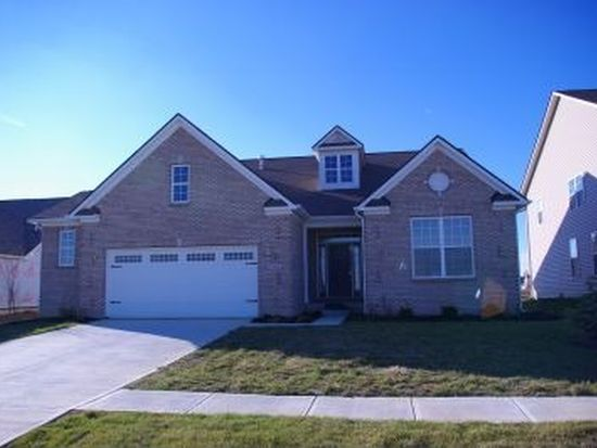 1534 Tuscany Dr, Greenwood, IN 46143