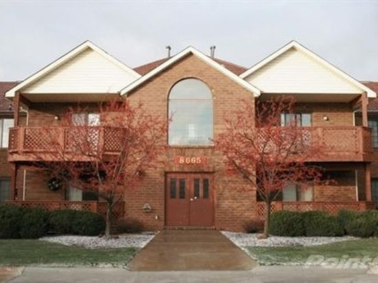 8665 Scenicview Dr APT 203, Broadview Heights, OH 44147