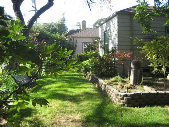 781 Woodlake Dr, Sacramento, CA 95815