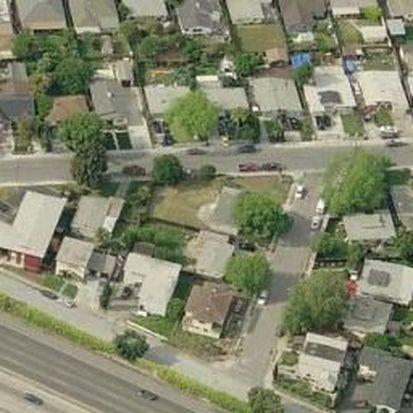 1131 Menlo Oaks Dr, Menlo Park, CA 94025