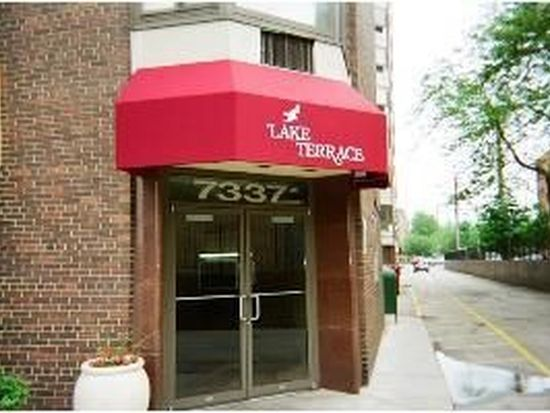 7337 S South Shore Dr APT 611, Chicago, IL 60649