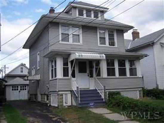 4 Mack Rd, Poughkeepsie, NY 12603