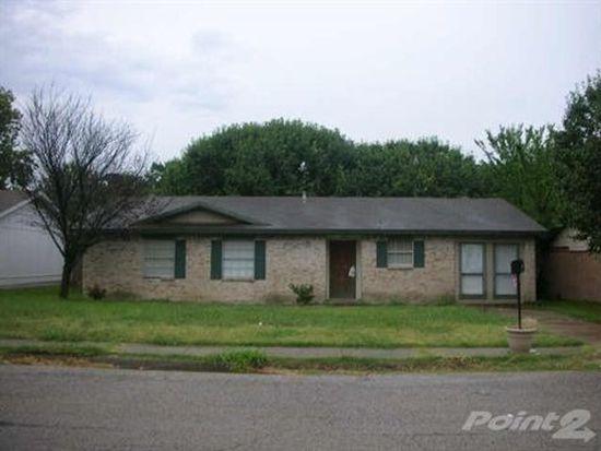 310 W Little Creek Rd, Cedar Hill, TX 75104