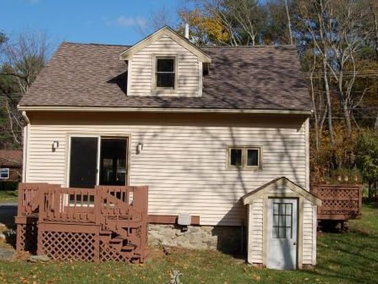367 Plymouth St, Middleboro, MA 02346