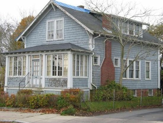 2805 Acushnet Ave, New Bedford, MA 02745