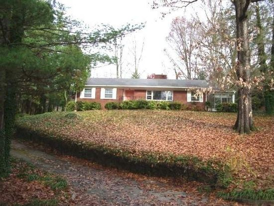 4 Maplewood Pkwy, Asheville, NC 28804