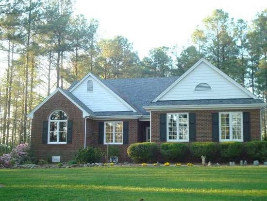 1720 Avent Ferry Rd, Holly Springs, NC 27540