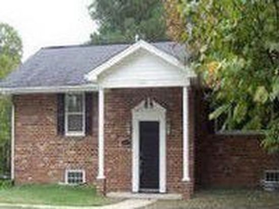 905 Forestview Dr, Colonial Heights, VA 23834