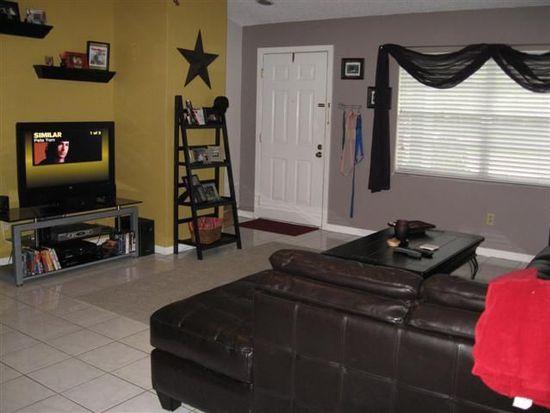 4910 Serena Dr, Tampa, FL 33617