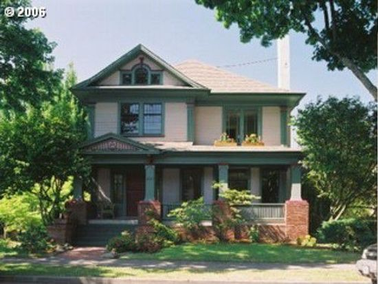 2803 SE Taylor St, Portland, OR 97214