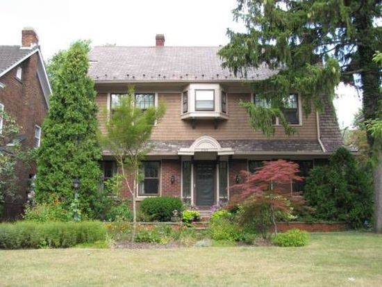2525 Euclid Heights Blvd, Cleveland, OH 44106