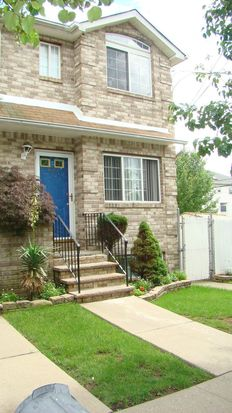242 Queen St, Staten Island, NY 10314