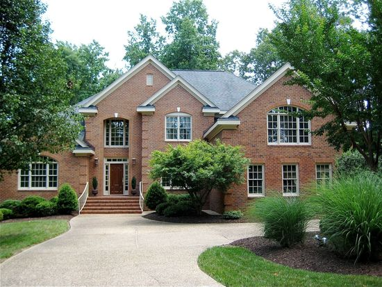 140 Holly Hills Dr, Williamsburg, VA 23185