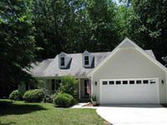 401 Cottonwood Ln, Holly Springs, NC 27540