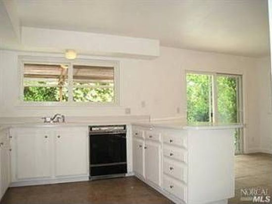 2241 Vineyard Rd, Novato, CA 94947