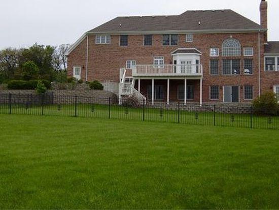 41W075 Oak Hills Ct, Elburn, IL 60119