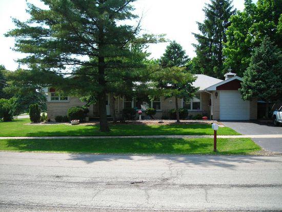 300 N Park St, Westmont, IL 60559