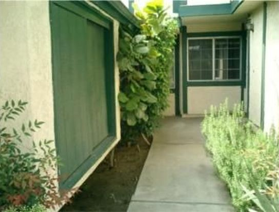 3724 Village Ln # 19, San Bernardino, CA 92404