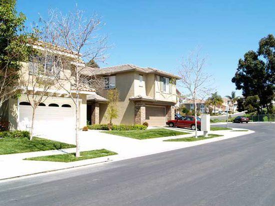 1751 Cottonwood Dr, Vista, CA 92081