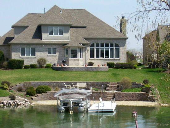 13208 Lakepoint Dr, Plainfield, IL 60585