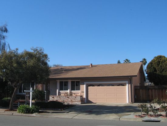 2320 Crestline Rd, Pleasanton, CA 94566