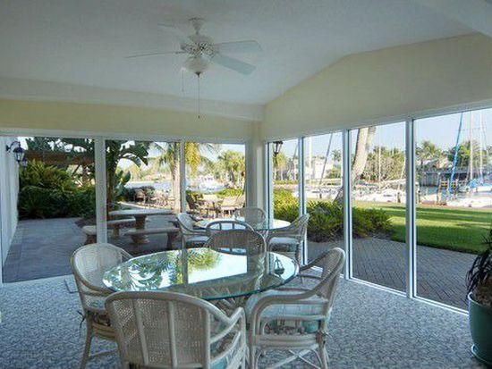 2170 Gulf Shore Blvd N APT 64E, Naples, FL 34102