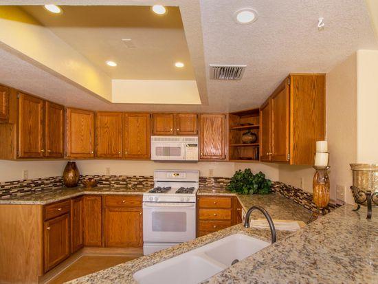 10242 N Cape Fear Ln, Tucson, AZ 85737