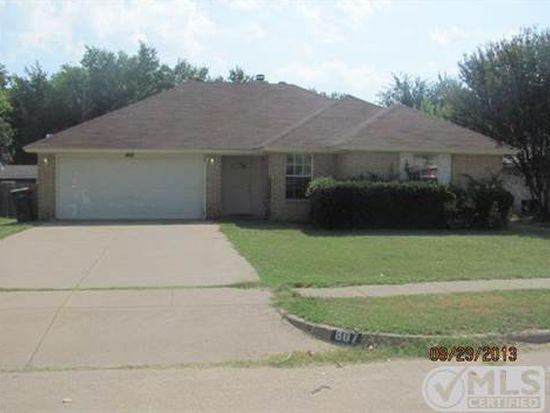 807 Young Dr, Cedar Hill, TX 75104