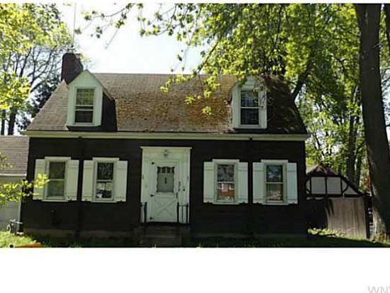 8915 Hennepin Ave, Niagara Falls, NY 14304