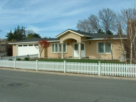 18597 Paseo Tierra, Saratoga, CA 95070