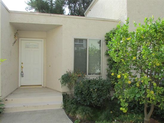 23883 Green Haven Ln, Ramona, CA 92065