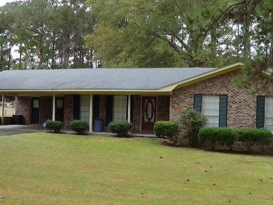 232 Pineview Dr, Laurel, MS 39440