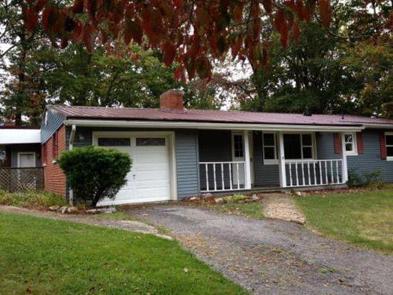 206 Dogwood Ln, Bluefield, VA 24605