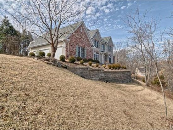 2013 Kehrs Mill Rd, Chesterfield, MO 63005