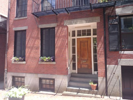 36 Temple St APT 2, Boston, MA 02114