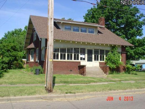 76 31st St SW, Barberton, OH 44203