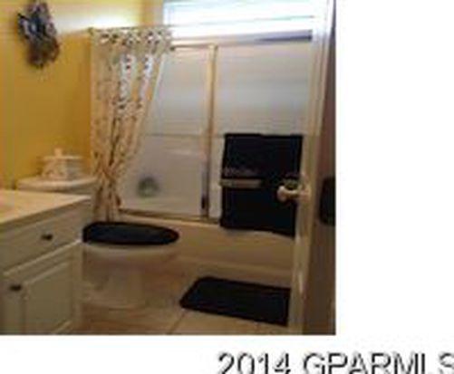422 Salisbury Ct, Winterville, NC 28590